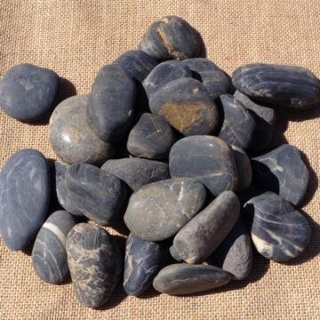 Black Polished Pebbles (2)