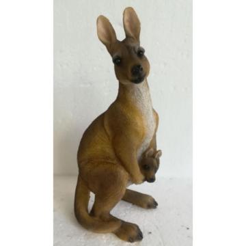 BA2533 Baby Kangaroo